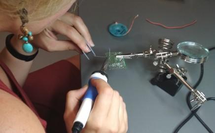 """""""Ąžuolyno"""" progimnazijoje kuriamos atviros techninės ir kūrybinės dirbtuvės """"FabLab"""""""