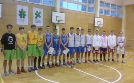 Tarptautinė tolerancijos diena su krepšinio kamuoliu